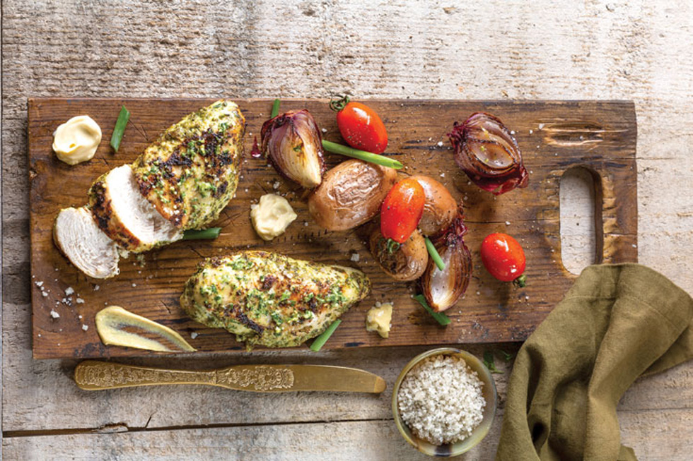 Салат с куриной грудкой - 140 рецептов приготовления пошагово ...   653x980